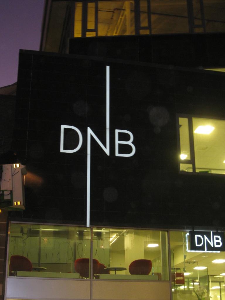 Enda en bank. DNB sitt splitter nye bygg ligger og pranger i Grønnegata.