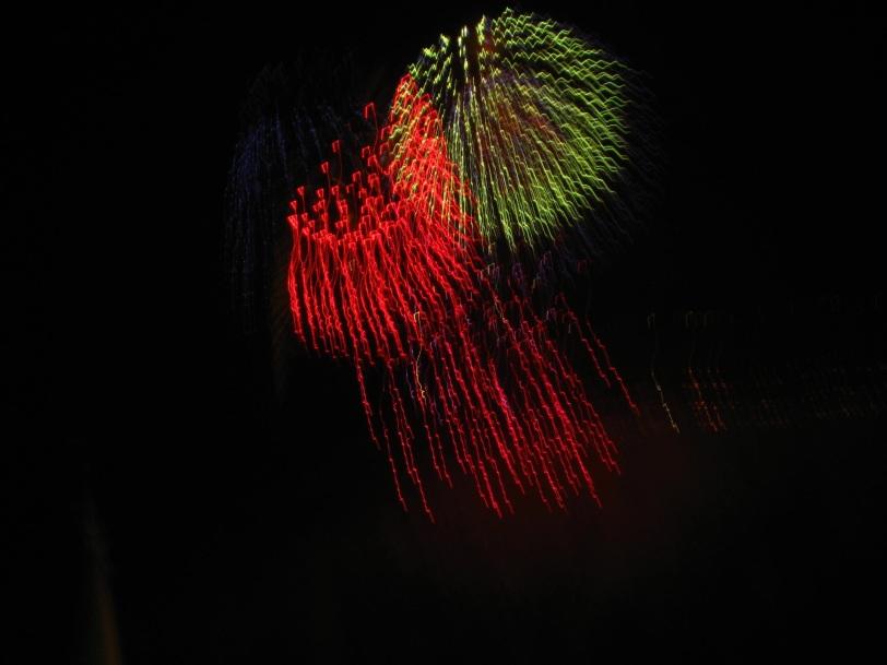 Rød og grønn rakett. Foto: J.K. Bless