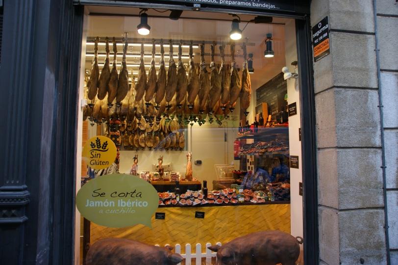 Bilbao butikk med skinker
