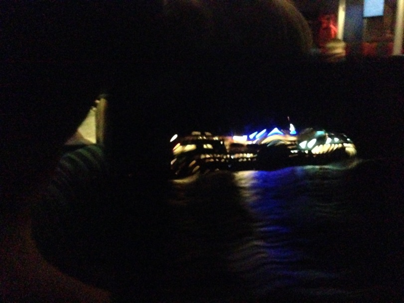 To skip i natten