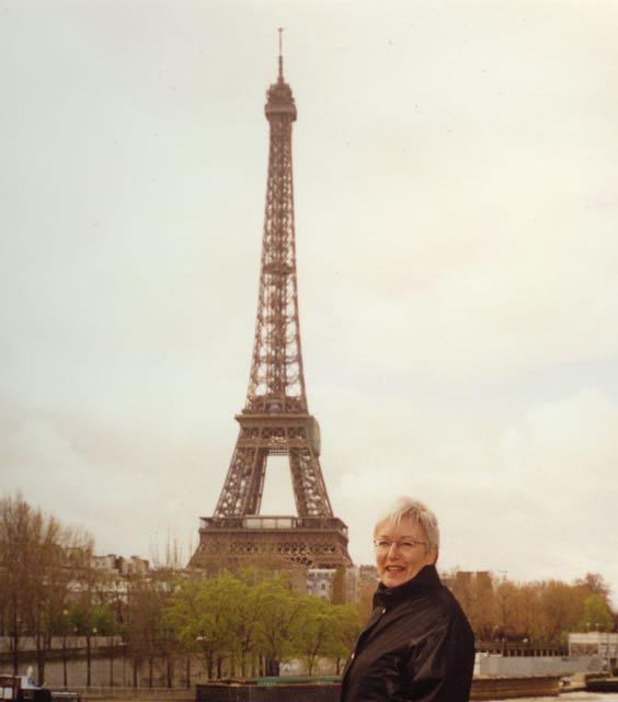 Eldre dame i Paris