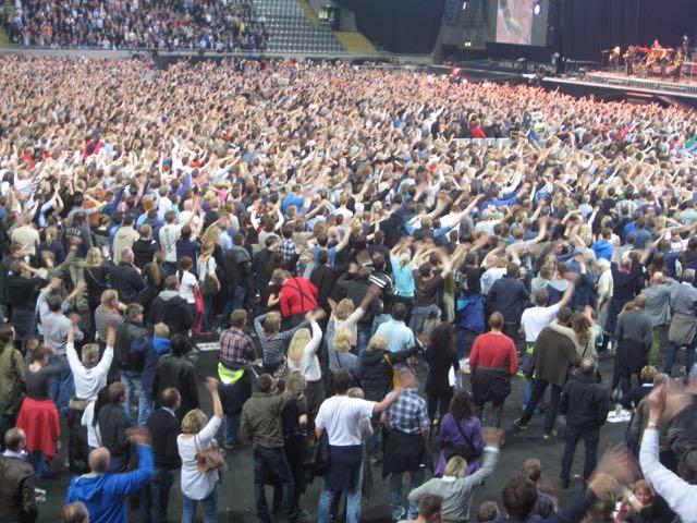 Eldretreff i Telenor Arena