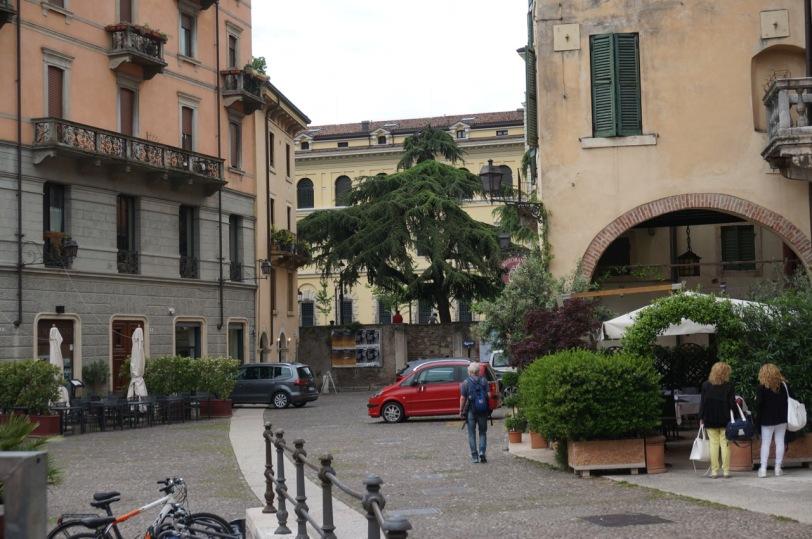 Ved Piazza Peschari